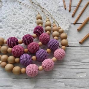Nursing/teething necklace