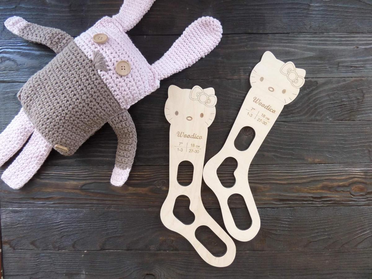 woodico.pro 27 1200x900 - Wooden baby sock blockers / Kitty