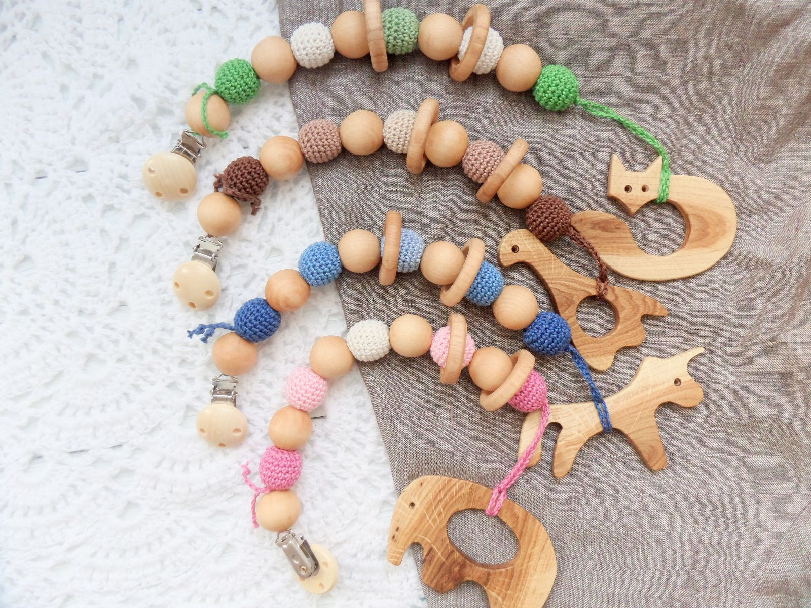 woodico.pro 12 - New product - Nursing/teething necklace with clip and toy