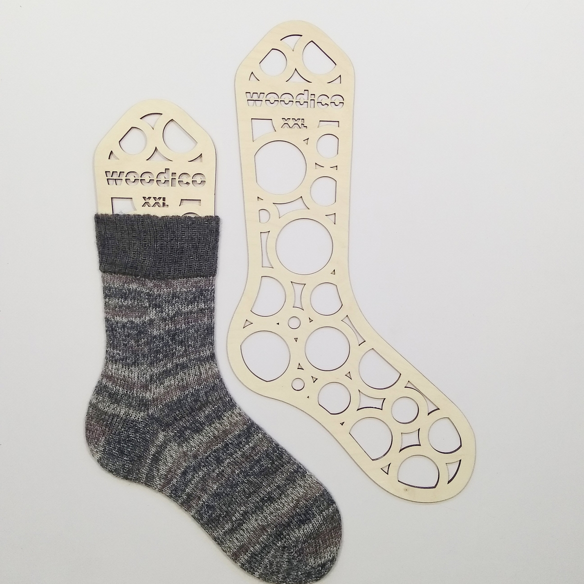woodico.pro wooden sock blockers circles 9 1200x1200 - Wooden sock blockers / Circles