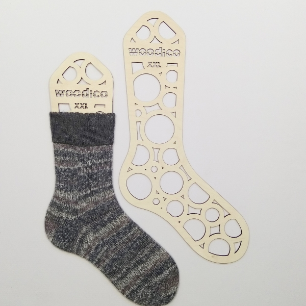 woodico.pro wooden sock blockers circles 9 600x600 - Wooden sock blockers / Circles