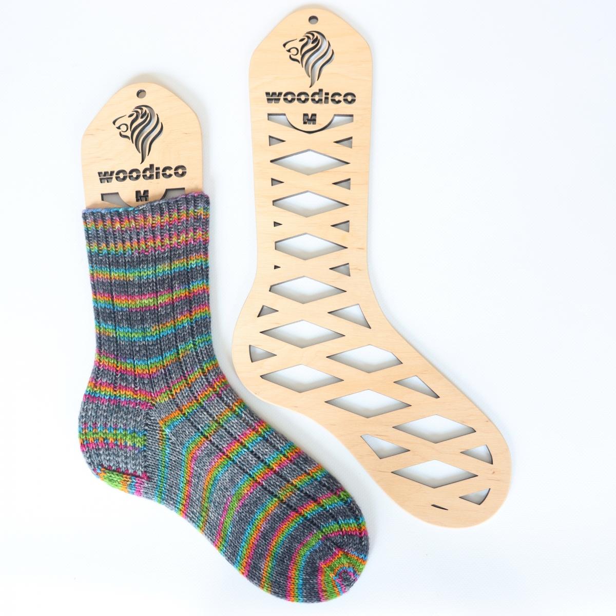 woodico.pro wooden sock blockers leo 16 1200x1200 - Wooden sock blockers / Leo