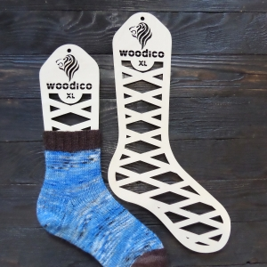 woodico.pro wooden sock blockers leo 7 300x300 - Wooden sock blockers / Leo