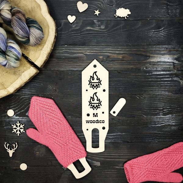 woodico.pro wooden mitten blockers nordic hot cold 600x600 - Wooden mitten blockers / Nordic Hot&Cold