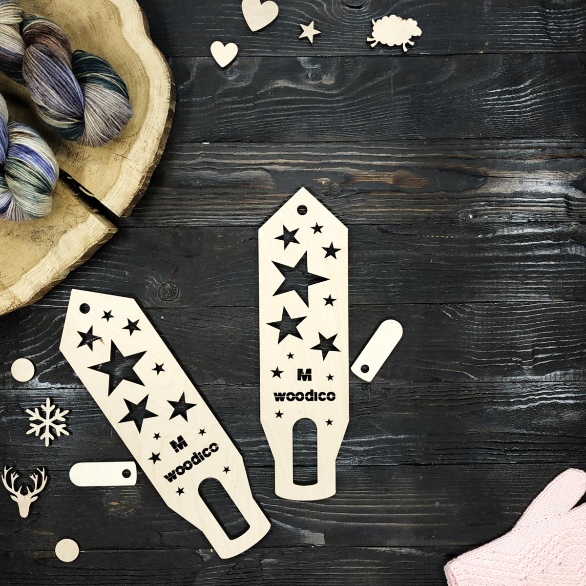 woodico.pro wooden mitten blockers nordic stars 1 1200x1200 - Wooden mitten blockers / Nordic Stars