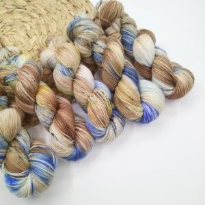 woodico.pro hand dyed yarn 022 300x300 - Hand dyed yarn / 022