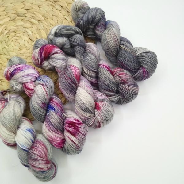 woodico.pro hand dyed yarn 023 1 600x600 - Hand dyed yarn / 023