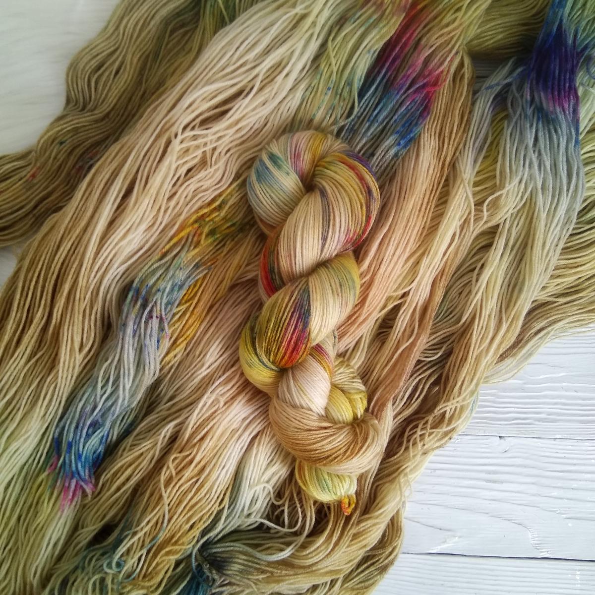 woodico.pro hand dyed yarn 032 2 1200x1200 - Hand dyed yarn / 032
