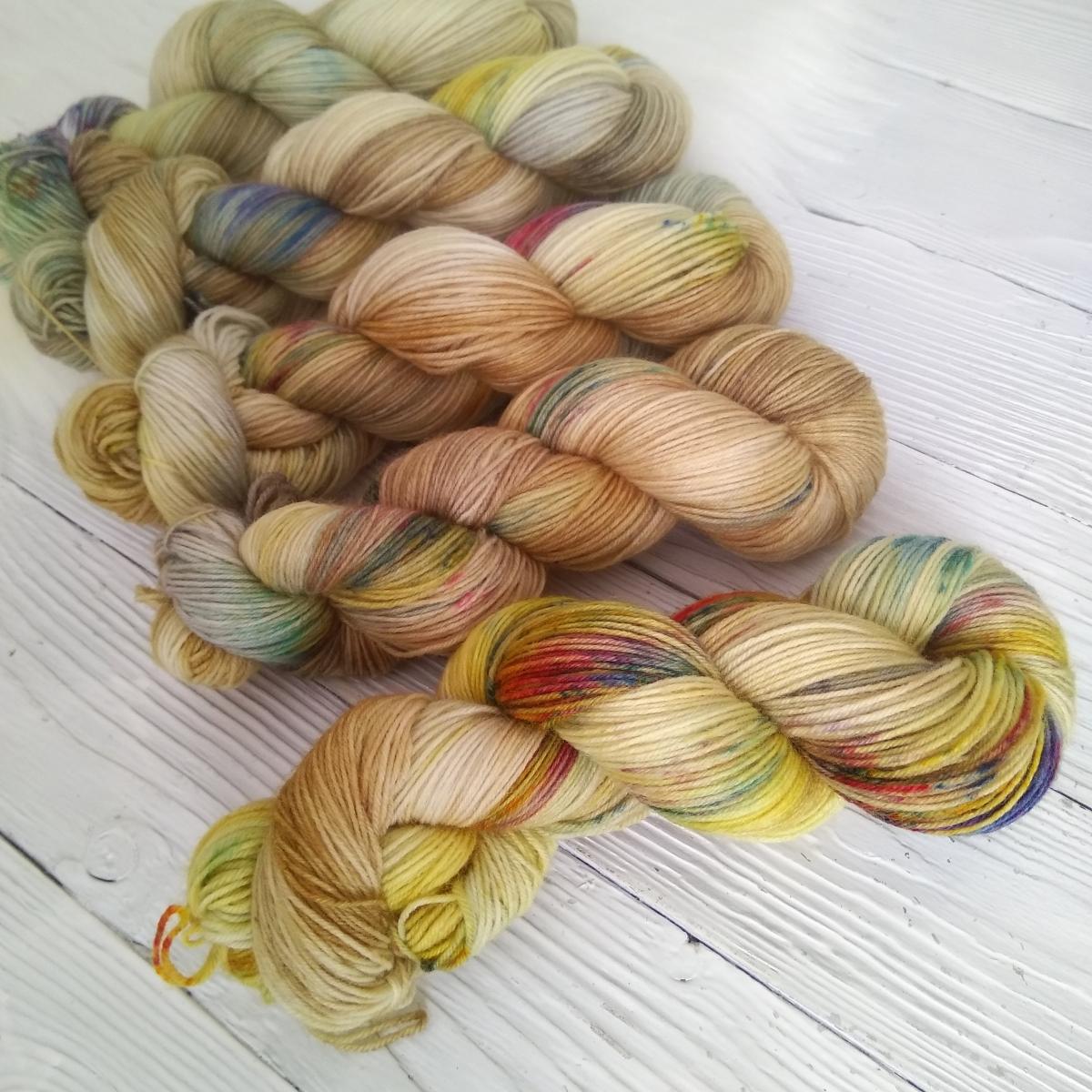 woodico.pro hand dyed yarn 032 6 1200x1200 - Hand dyed yarn / 032