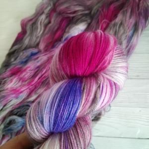 woodico.pro hand dyed yarn 034 300x300 - Hand dyed yarn / 034