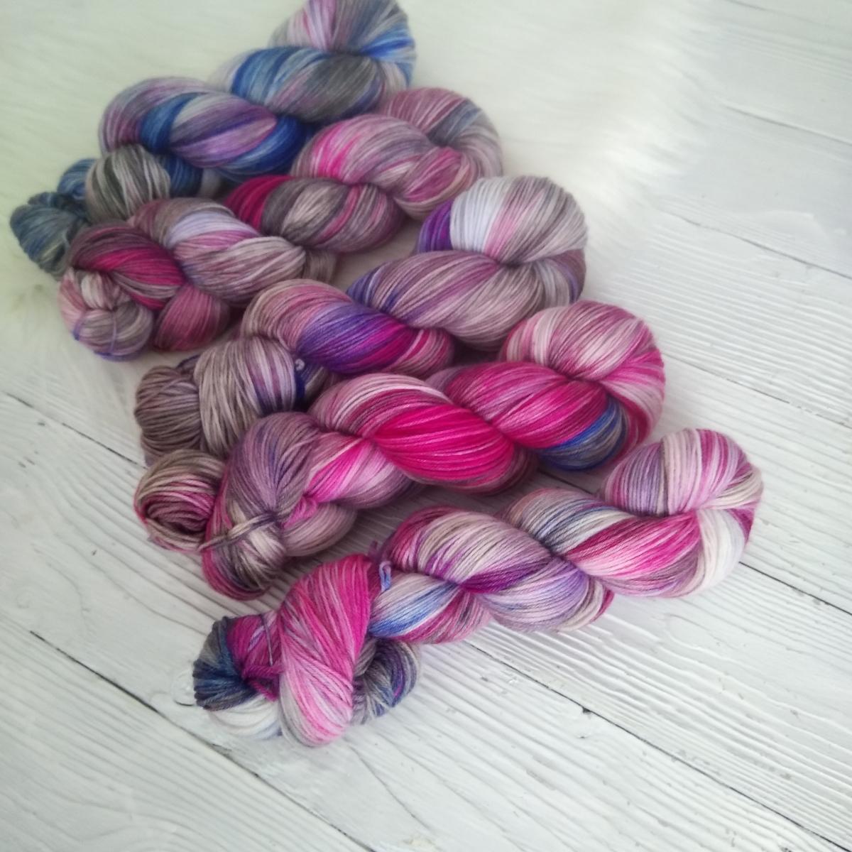 woodico.pro hand dyed yarn 034 6 1200x1200 - Hand dyed yarn / 034