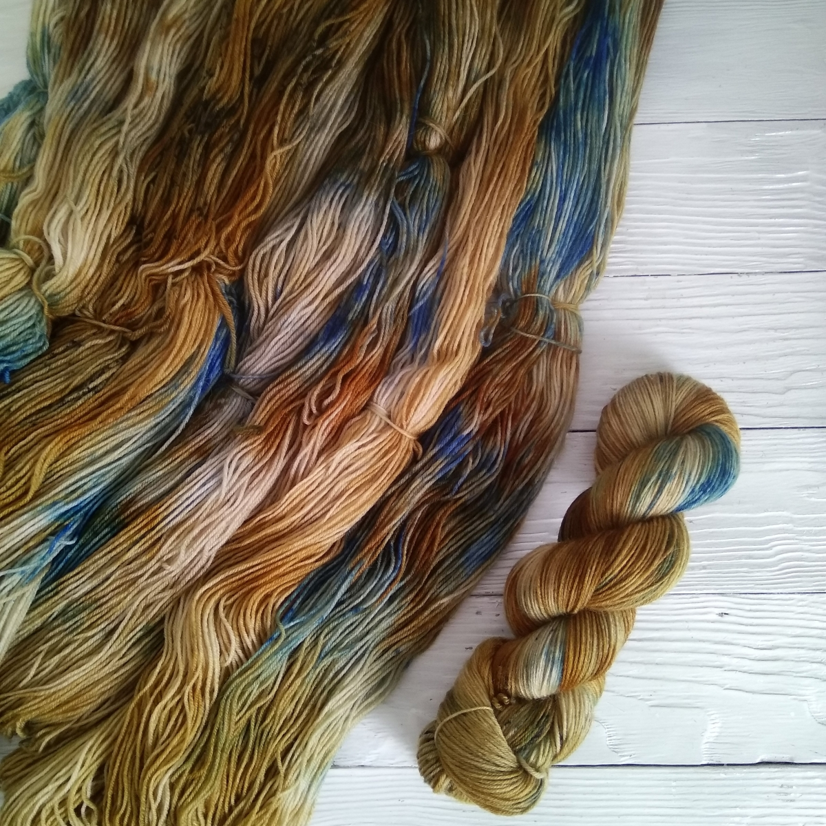 woodico.pro hand dyed yarn 036 1 1200x1200 - Hand dyed yarn / 036