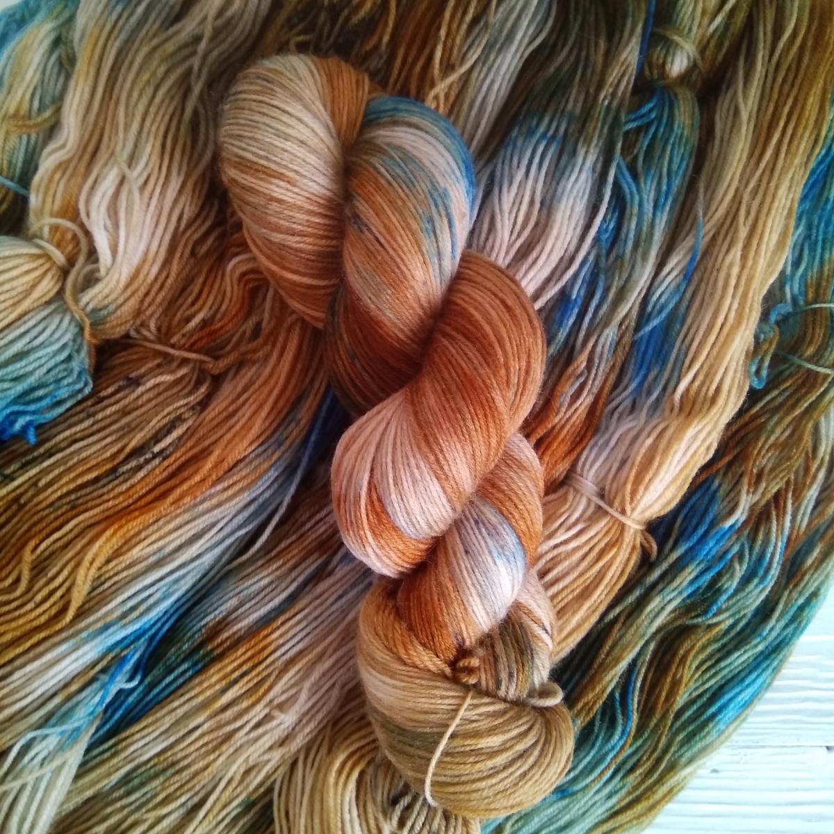 woodico.pro hand dyed yarn 036 3 1200x1200 - Hand dyed yarn / 036