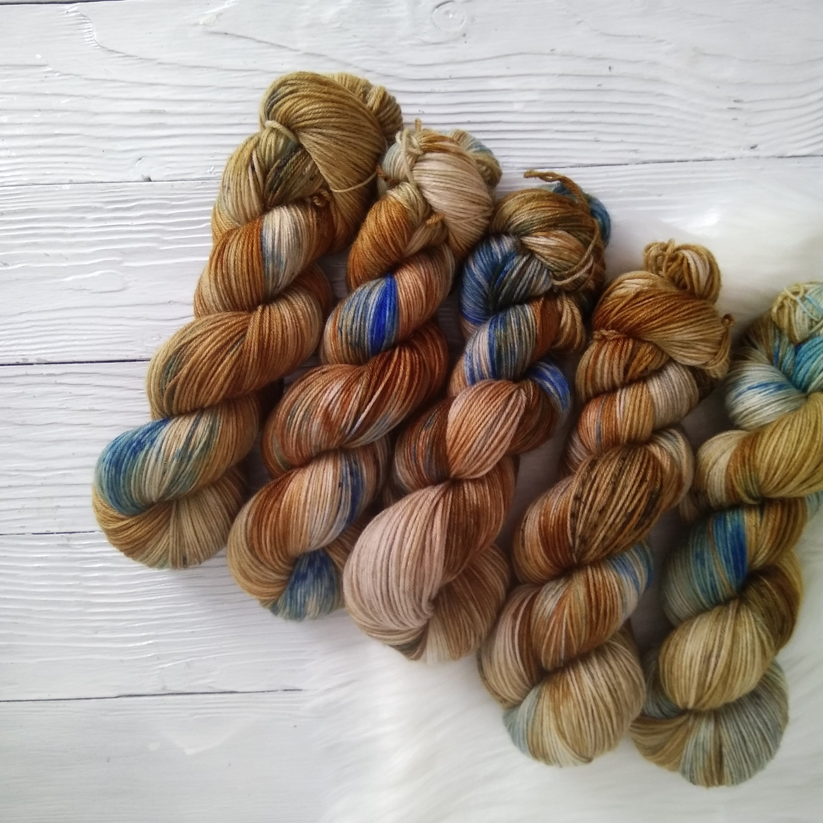 woodico.pro hand dyed yarn 036 4 1200x1200 - Hand dyed yarn / 036