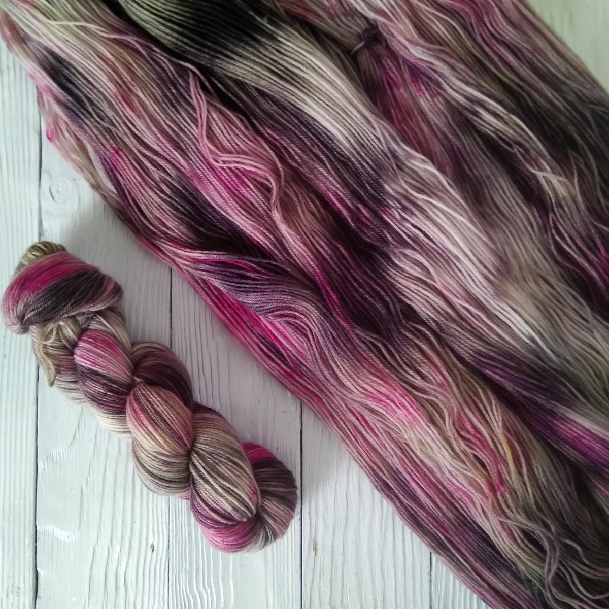 woodico.pro hand dyed yarn 037 1200x1200 - Hand dyed yarn / 037