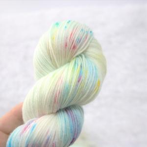 woodico.pro hand dyed yarn 044 2 300x300 - Hand dyed yarn / 044