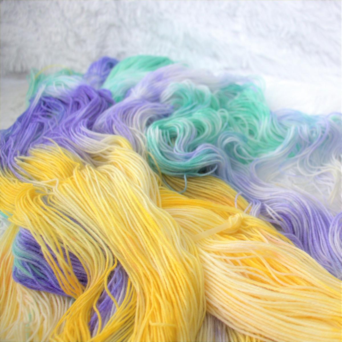 woodico.pro hand dyed yarn 045 copy 1200x1200 - Hand dyed yarn / 046