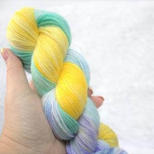 woodico.pro hand dyed yarn 046 300x300 - Hand dyed yarn / 046