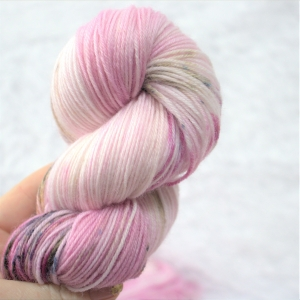 woodico.pro hand dyed yarn 046 copy 3 300x300 - Hand dyed yarn / 047