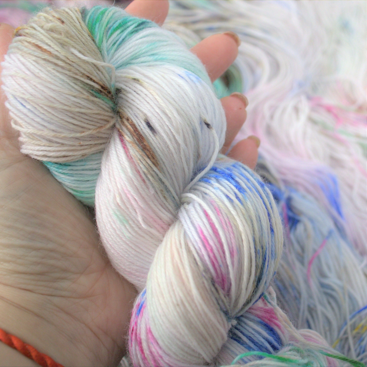 woodico.pro hand dyed yarn 047 copy 1 1200x1200 - Hand dyed yarn / 048