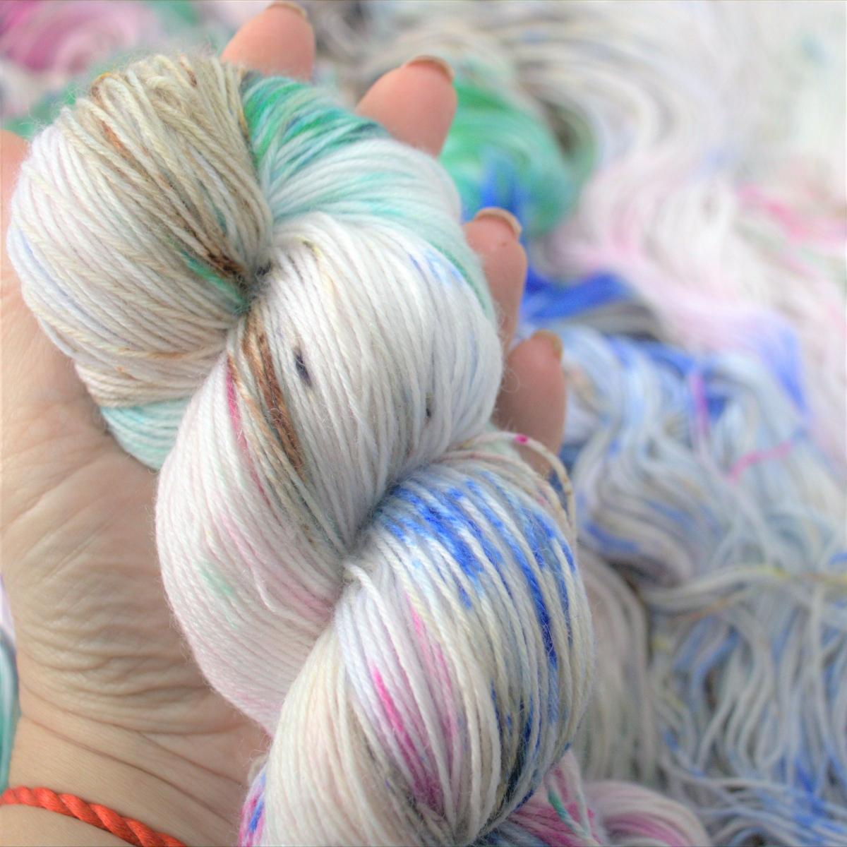 woodico.pro hand dyed yarn 048 1200x1200 - Hand dyed yarn / 048