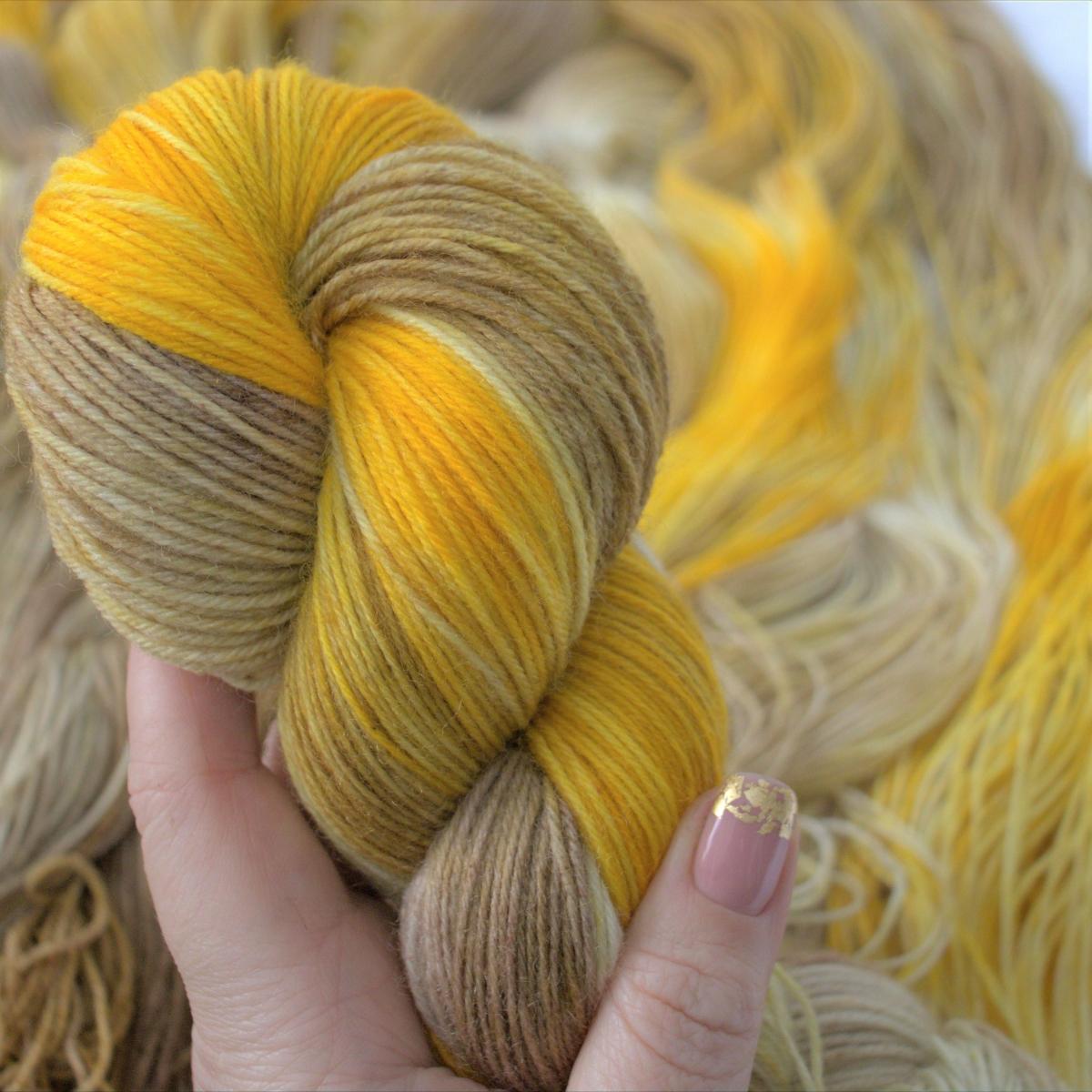 woodico.pro hand dyed yarn 049 1200x1200 - Hand dyed yarn / 049