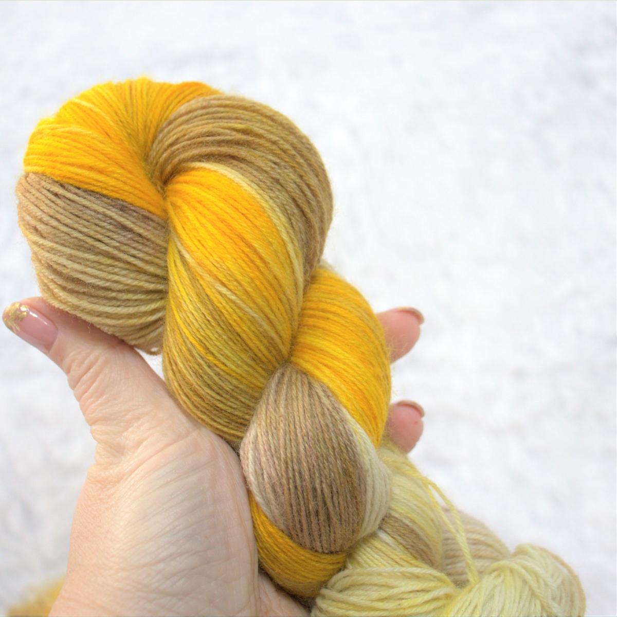 woodico.pro hand dyed yarn 049 2 1200x1200 - Hand dyed yarn / 049