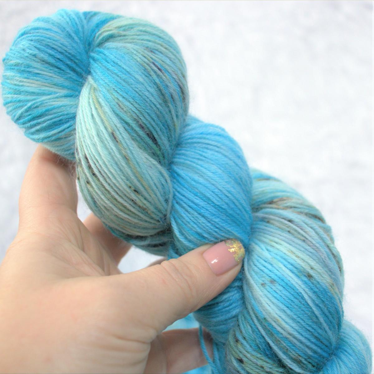 woodico.pro hand dyed yarn 050 3 1200x1200 - Hand dyed yarn / 050
