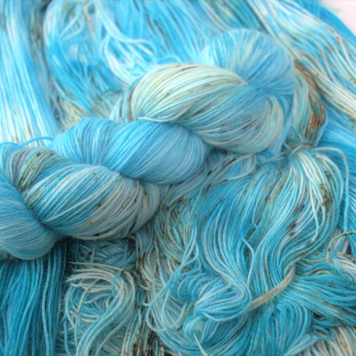woodico.pro hand dyed yarn 050 4 1200x1200 - Hand dyed yarn / 050