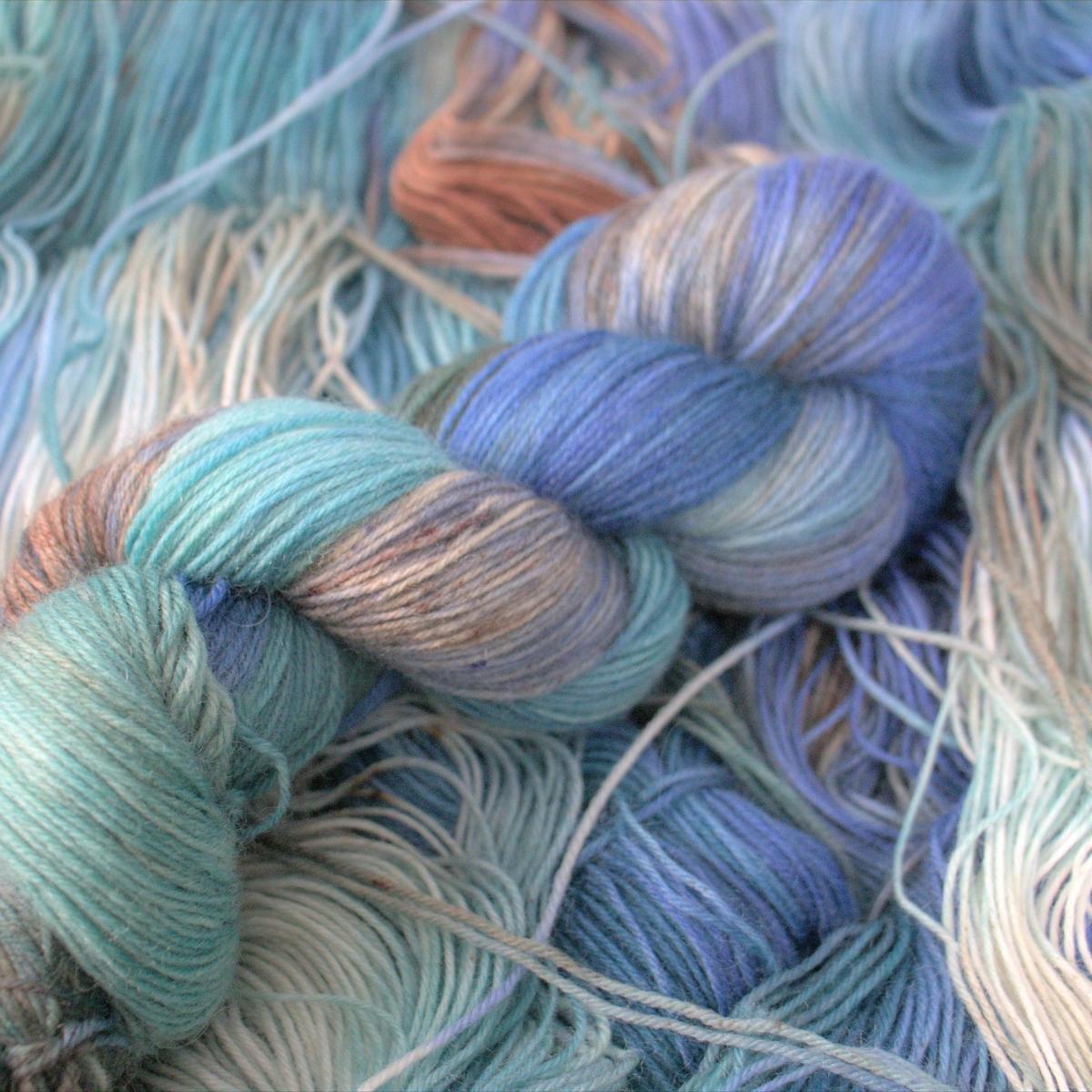 woodico.pro hand dyed yarn 052 2 1200x1200 - Hand dyed yarn / 052