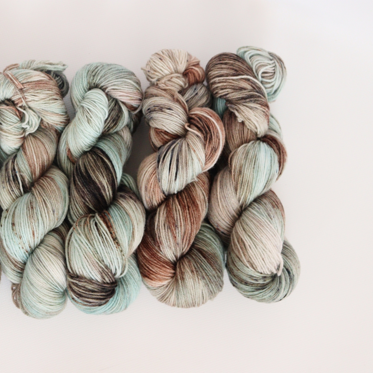 woodico.pro hand dyed yarn 055 1 1200x1200 - Hand dyed yarn / 055