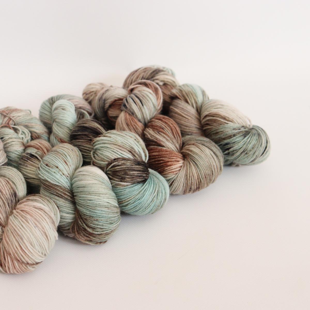 woodico.pro hand dyed yarn 055 1200x1200 - Hand dyed yarn / 055
