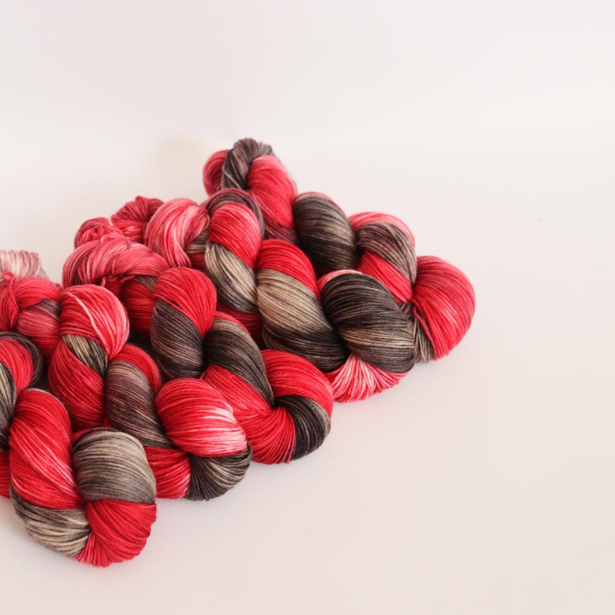 woodico.pro hand dyed yarn 056 1200x1200 - Hand dyed yarn / 056