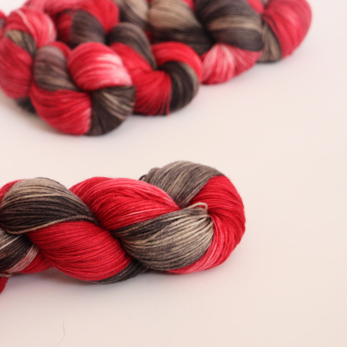 woodico.pro hand dyed yarn 056 2 1200x1200 - Hand dyed yarn / 056