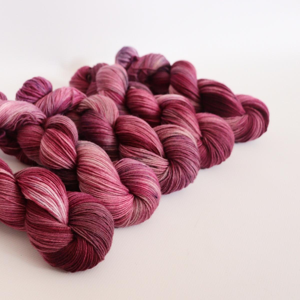 woodico.pro hand dyed yarn 057 1 1200x1200 - Hand dyed yarn / 057