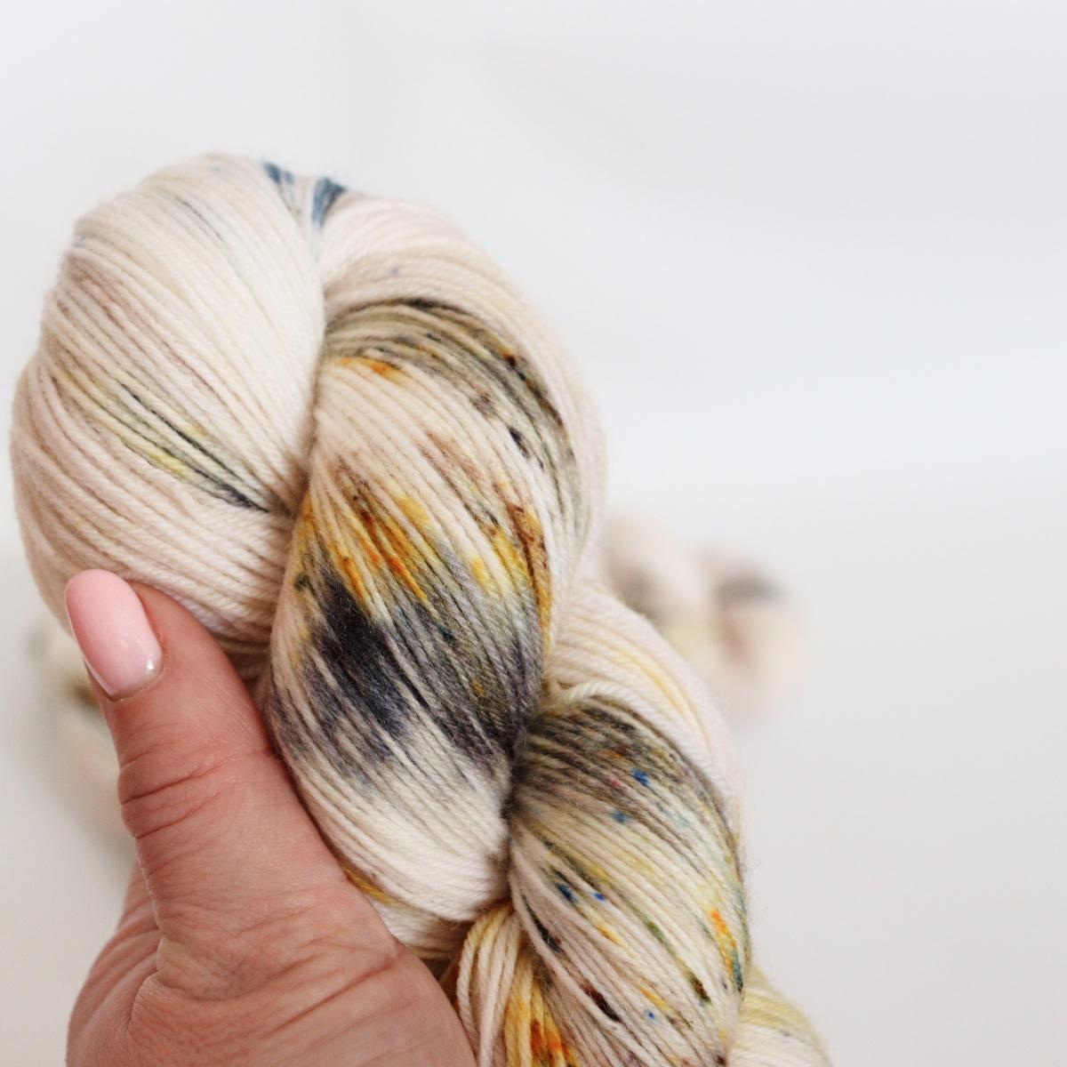 woodico.pro hand dyed yarn 060 2 1200x1200 - Hand dyed yarn / 060