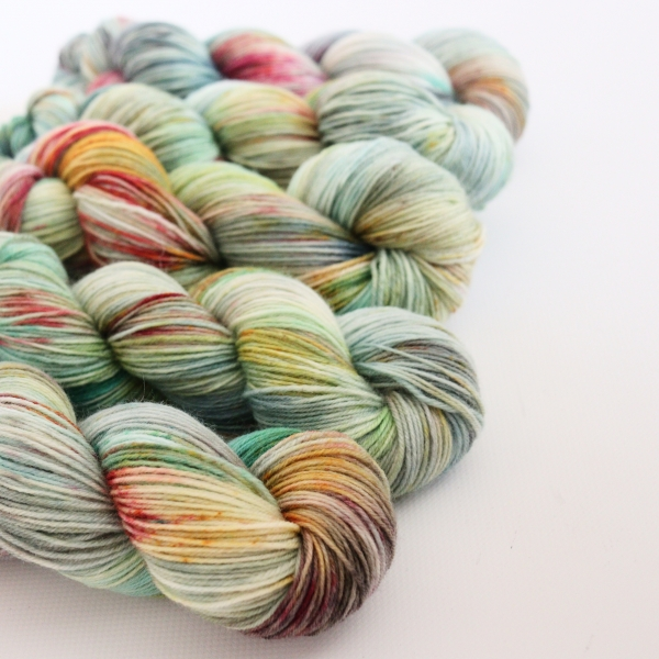 woodico.pro hand dyed yarn 062 600x600 - Hand dyed yarn / 062