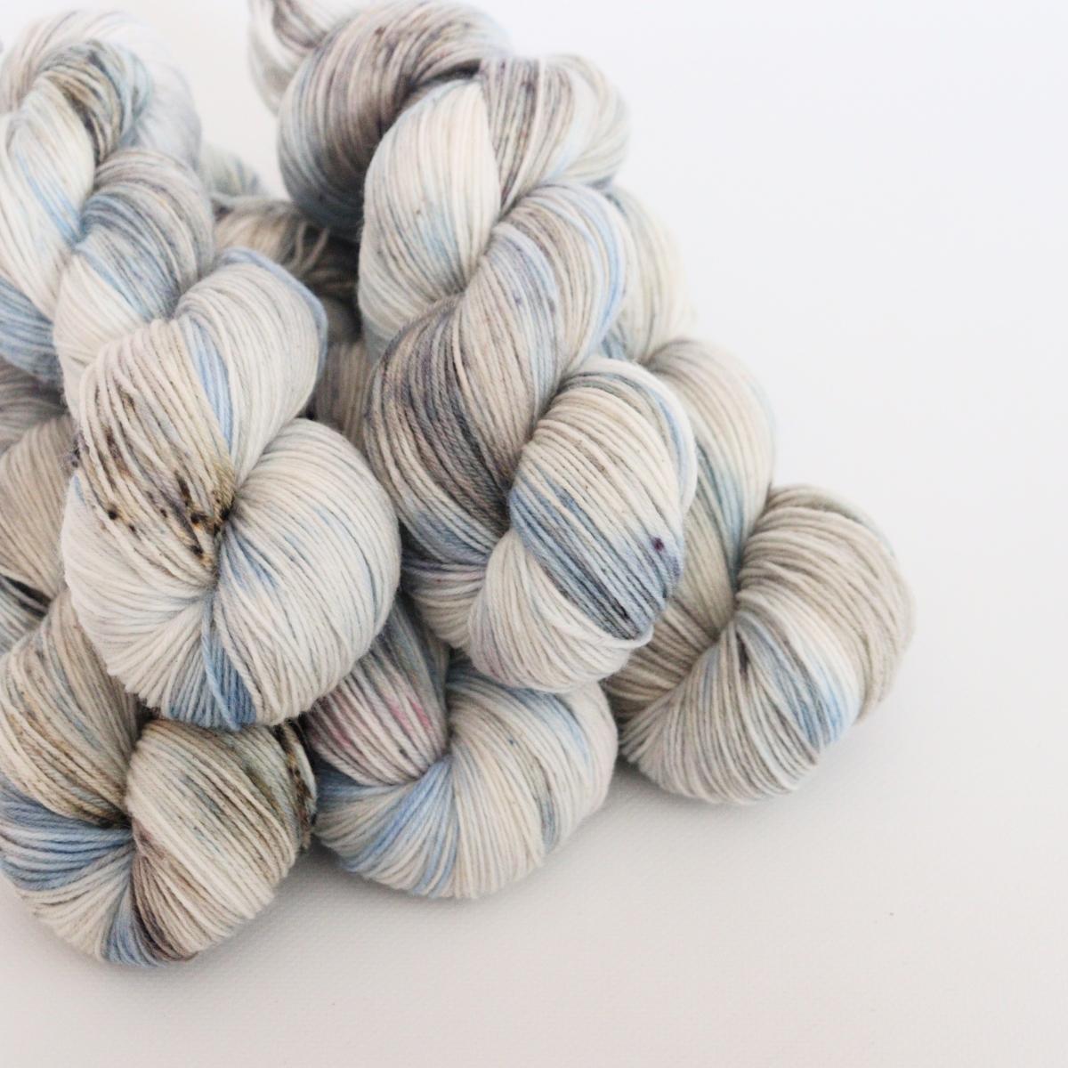 woodico.pro hand dyed yarn 063 2 1200x1200 - Hand dyed yarn / 063