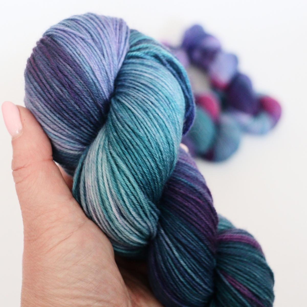 woodico.pro hand dyed yarn 064 1 1200x1200 - Hand dyed yarn / 064