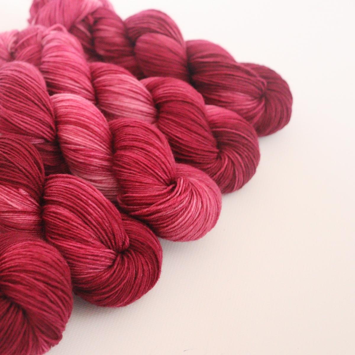 woodico.pro hand dyed yarn 065 1 1200x1200 - Hand dyed yarn / 065