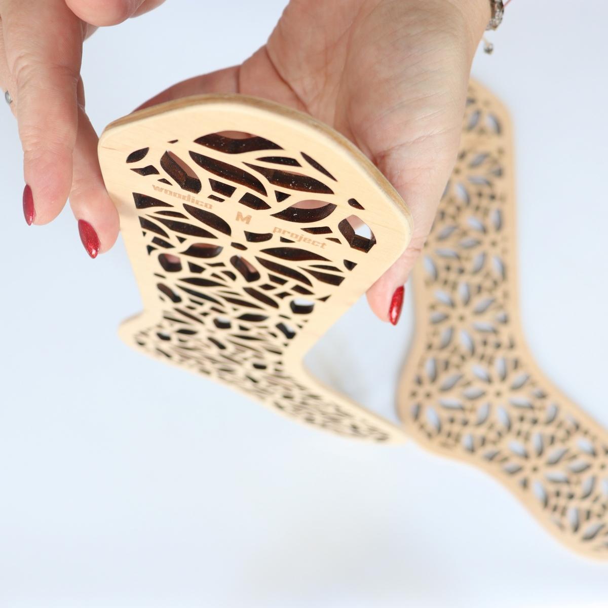 woodico.pro wooden sock blockers chamomile 2 1200x1200 - Wooden sock blockers / Chamomile