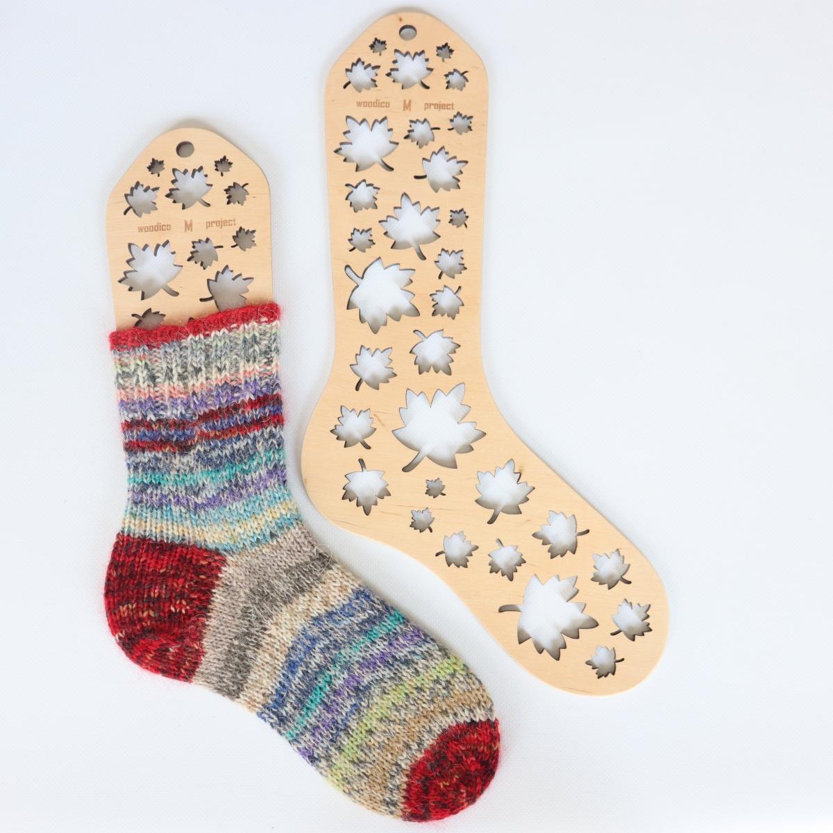 woodico.pro wooden sock blockers maple leaf 1200x1200 - Wooden sock blockers / Maple-Leaf