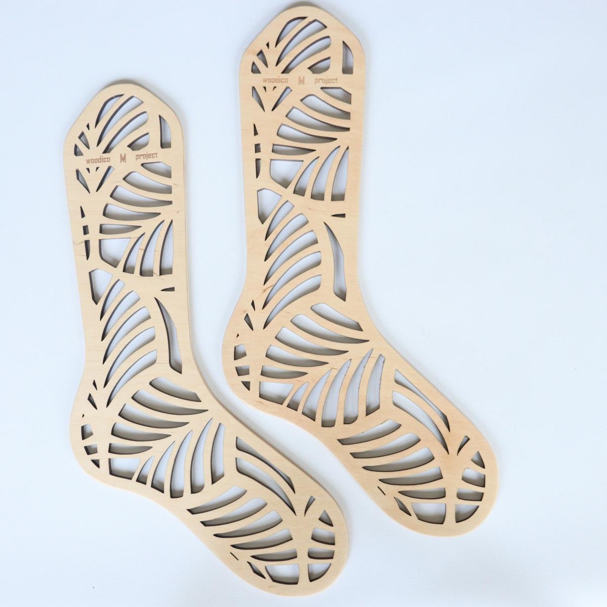 woodico.pro wooden sock blockers monstera 1 1200x1200 - Wooden sock blockers / Monstera