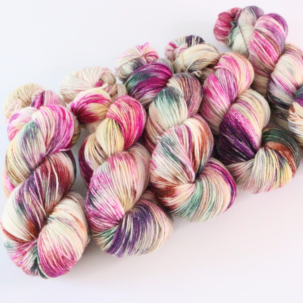 woodico.pro hand dyed yarn 070 2 1200x1200 - Hand dyed yarn / 070