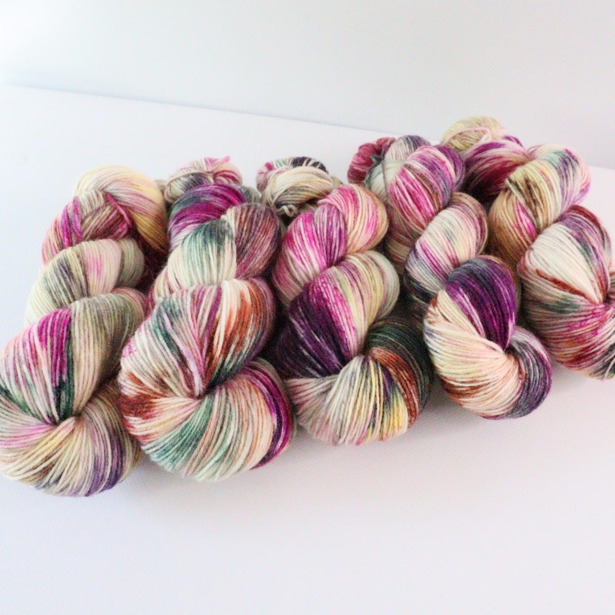woodico.pro hand dyed yarn 070 4 1200x1200 - Hand dyed yarn / 070