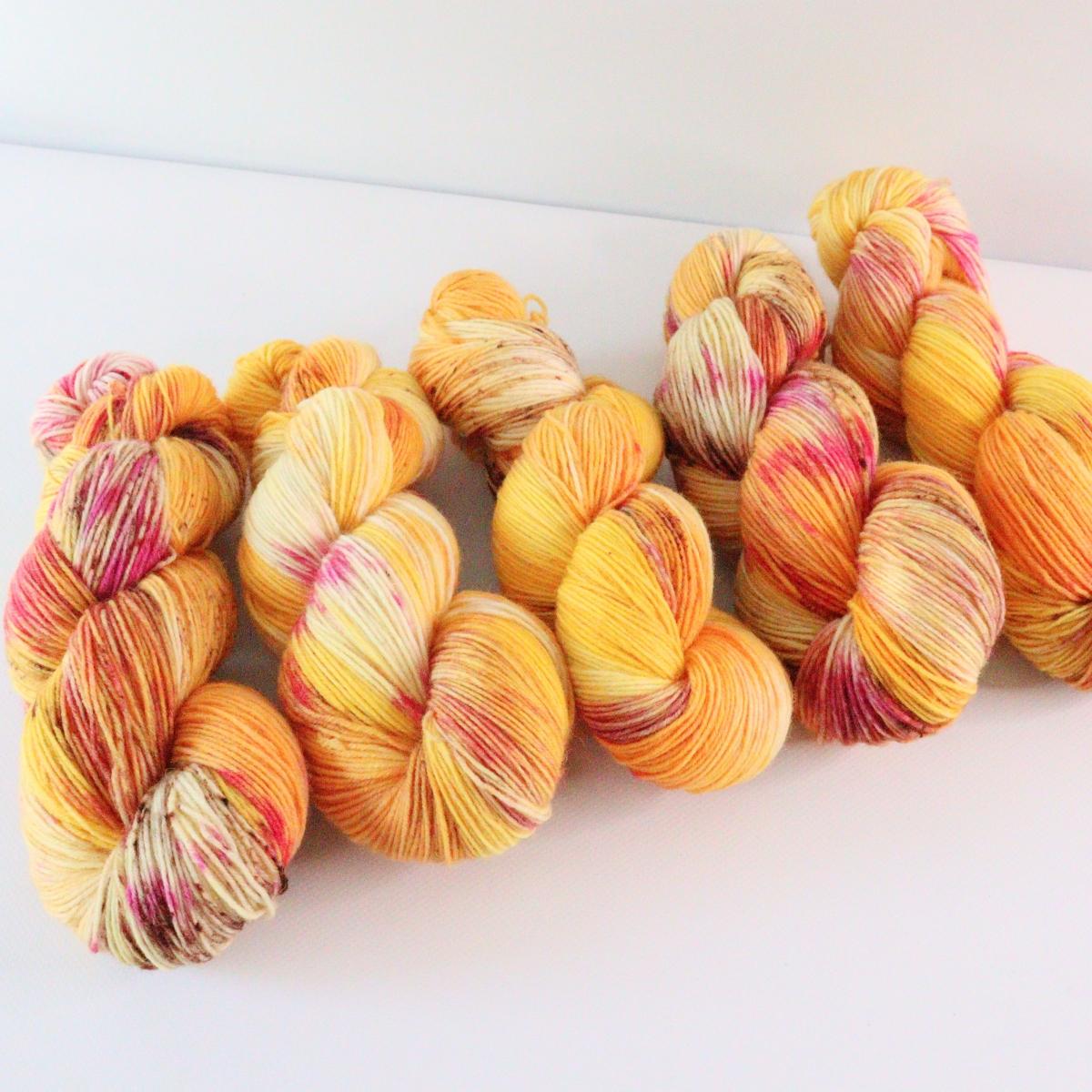 woodico.pro hand dyed yarn 071 1 1200x1200 - Hand dyed yarn / 071