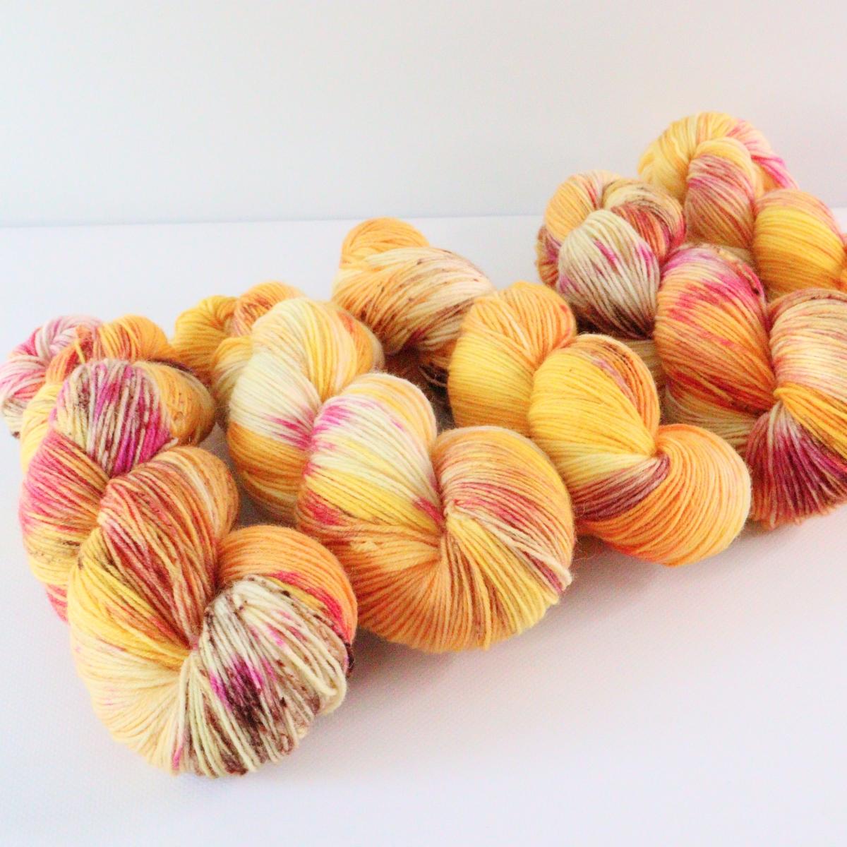 woodico.pro hand dyed yarn 071 3 1200x1200 - Hand dyed yarn / 071