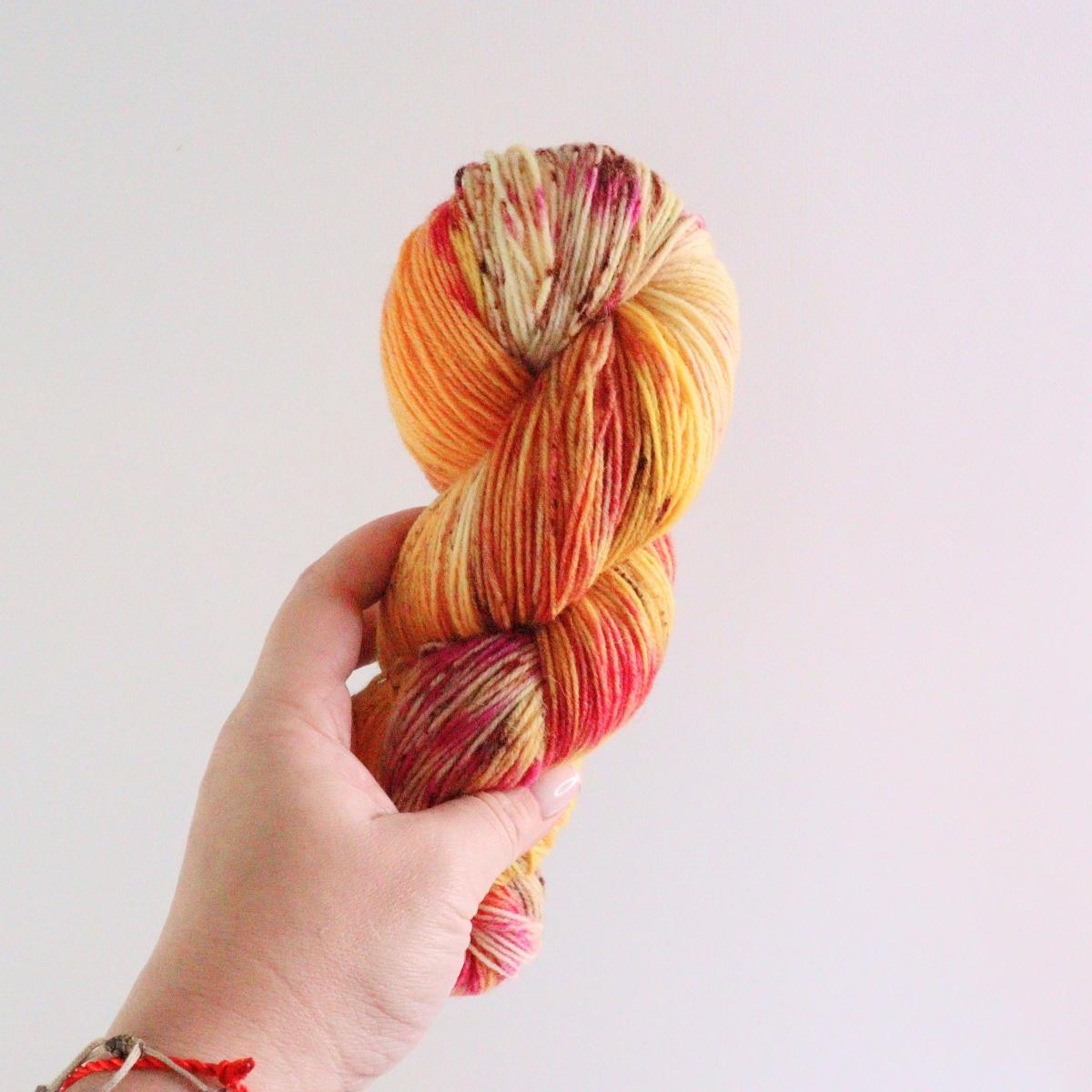woodico.pro hand dyed yarn 071 4 1200x1200 - Hand dyed yarn / 071