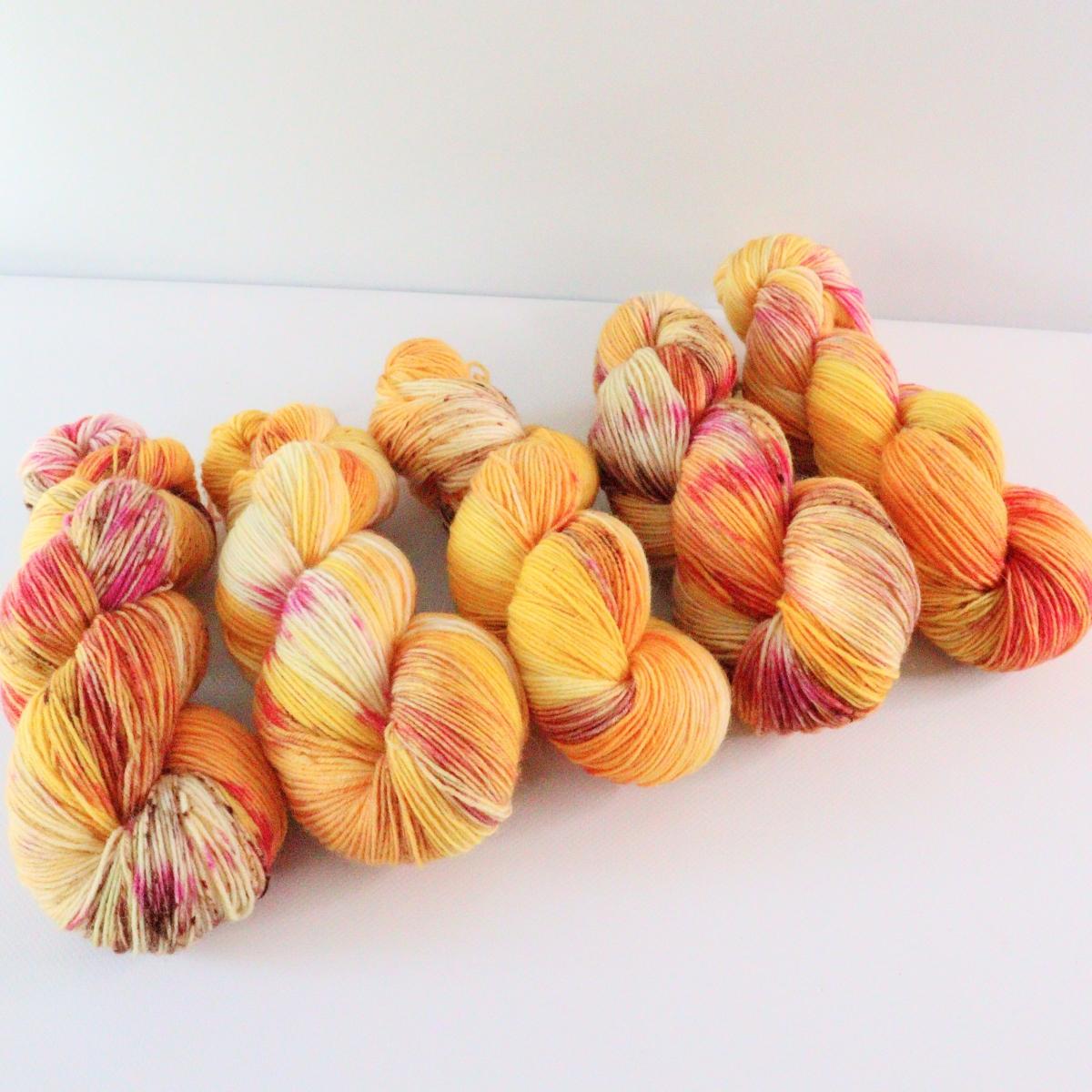 woodico.pro hand dyed yarn 071 5 1200x1200 - Hand dyed yarn / 071
