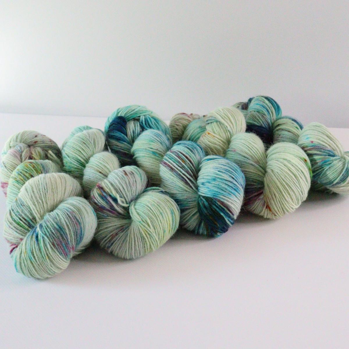 woodico.pro hand dyed yarn 072 1 1200x1200 - Hand dyed yarn / 072